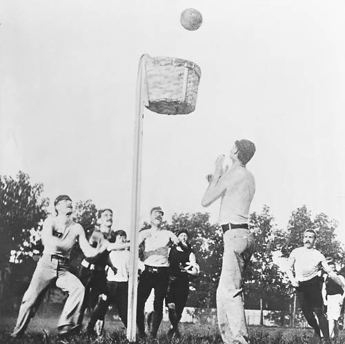 lịch sử môn bóng rổ