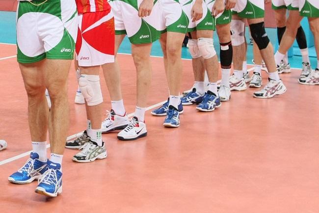 giày bóng chuyền chuyên nghiệp