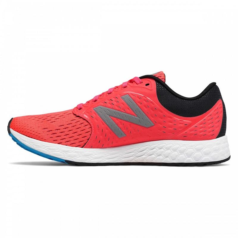 giày chạy bộ New Balance