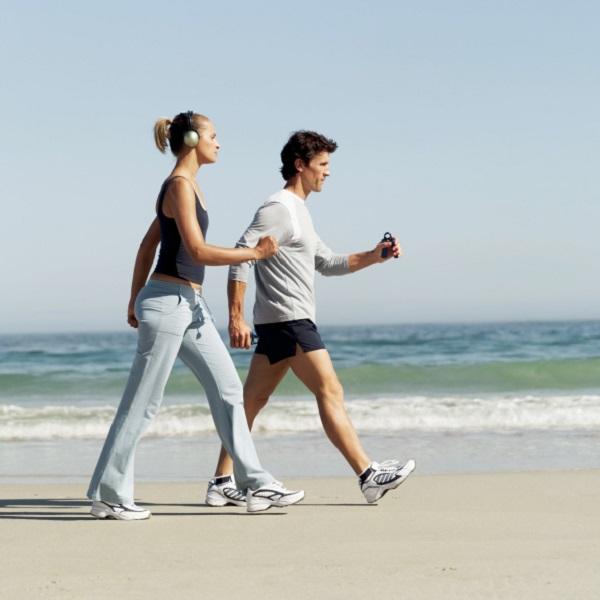 đi bộ giảm mỡ bụng