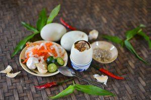 ăn trứng vịt lộn có tác dụng gì