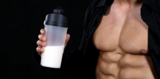 uống sữa trước và sau khi tập gym